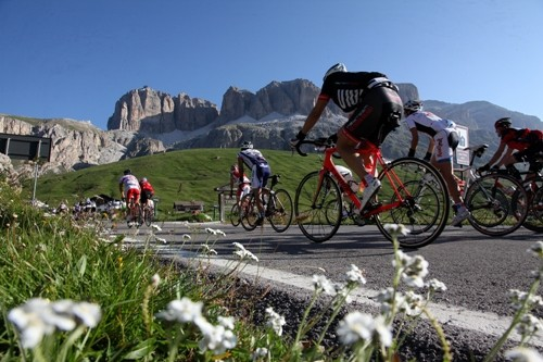 Discover summer in the Dolomites